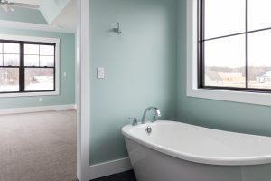 6572 Summer Meadows bathtub